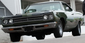 1969 Plymouth Road Runner - pure 1960s muscle: Photo Paul Harmer